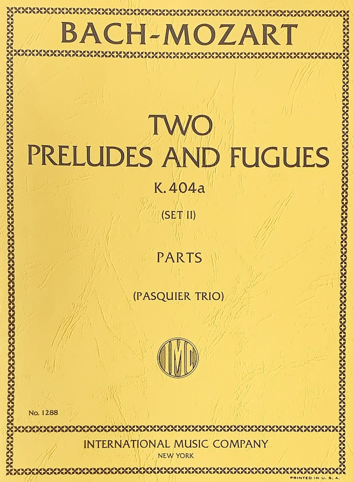 Two Preludes and Fugues Set 2 K 404a - Bach Mozart - Trio - International