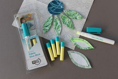 Quilters Select Glue Pen Refills - Yellow