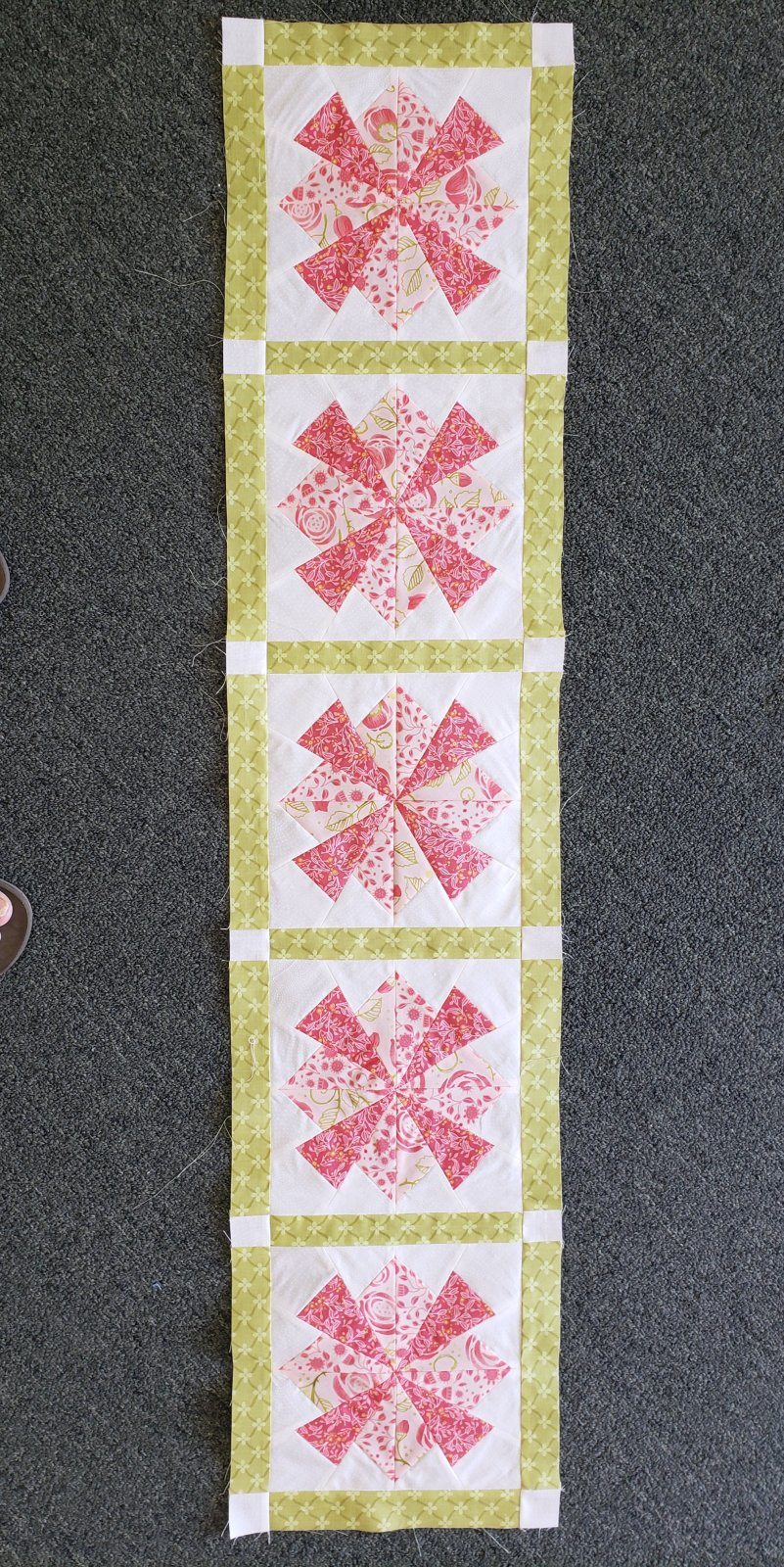 Blooming Sunset Table Runner Kit