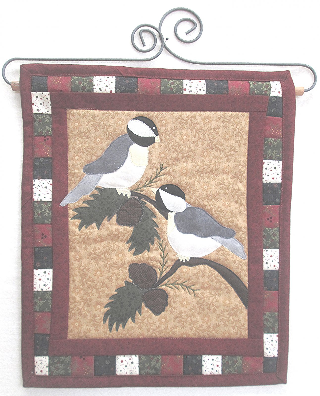 Pinecone Chickadees Wall Hanging Kit