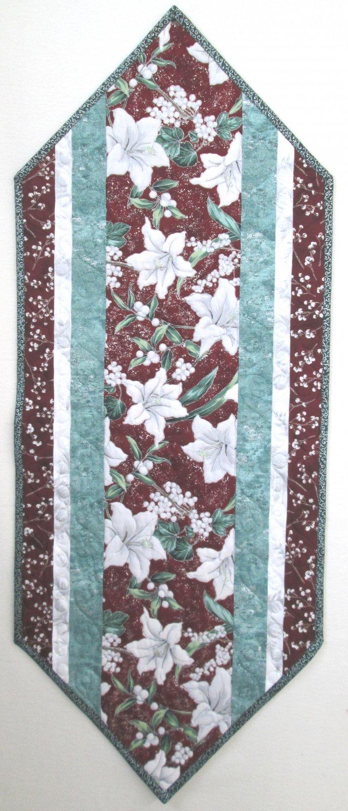 Winter Blooms Sew Fast Runner Kit