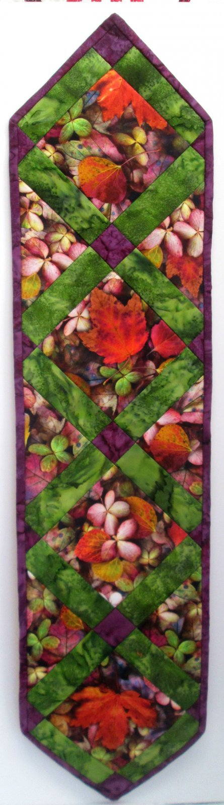 Leaf Me Be Simple Point Table Runner Kit