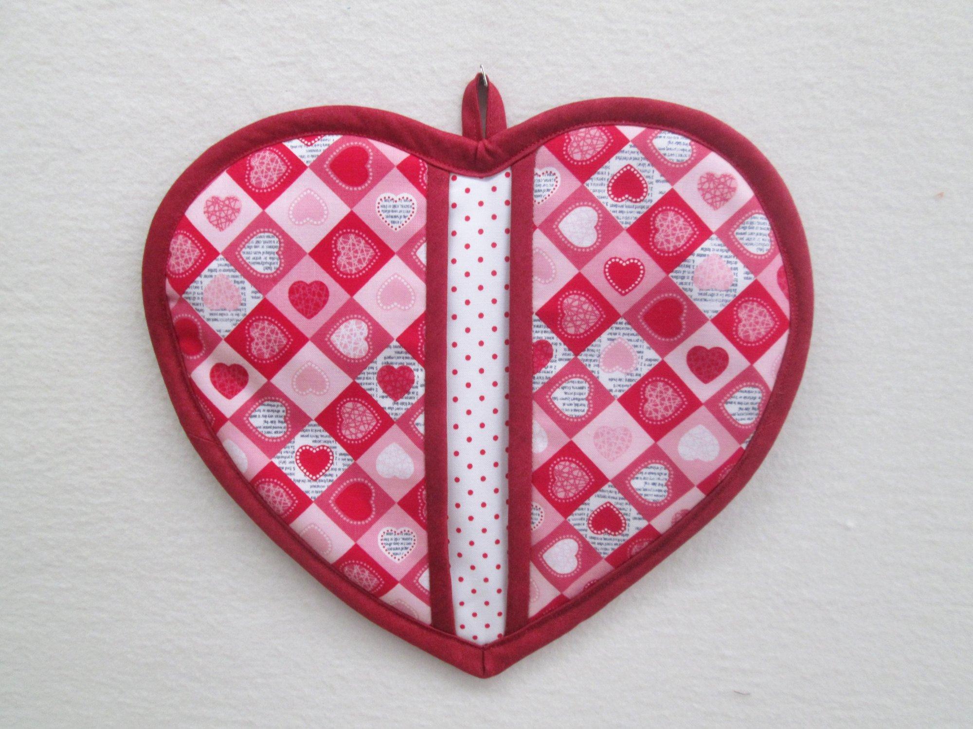 Dear Heart Pot Holder Kit Makes 3 pot holders VL