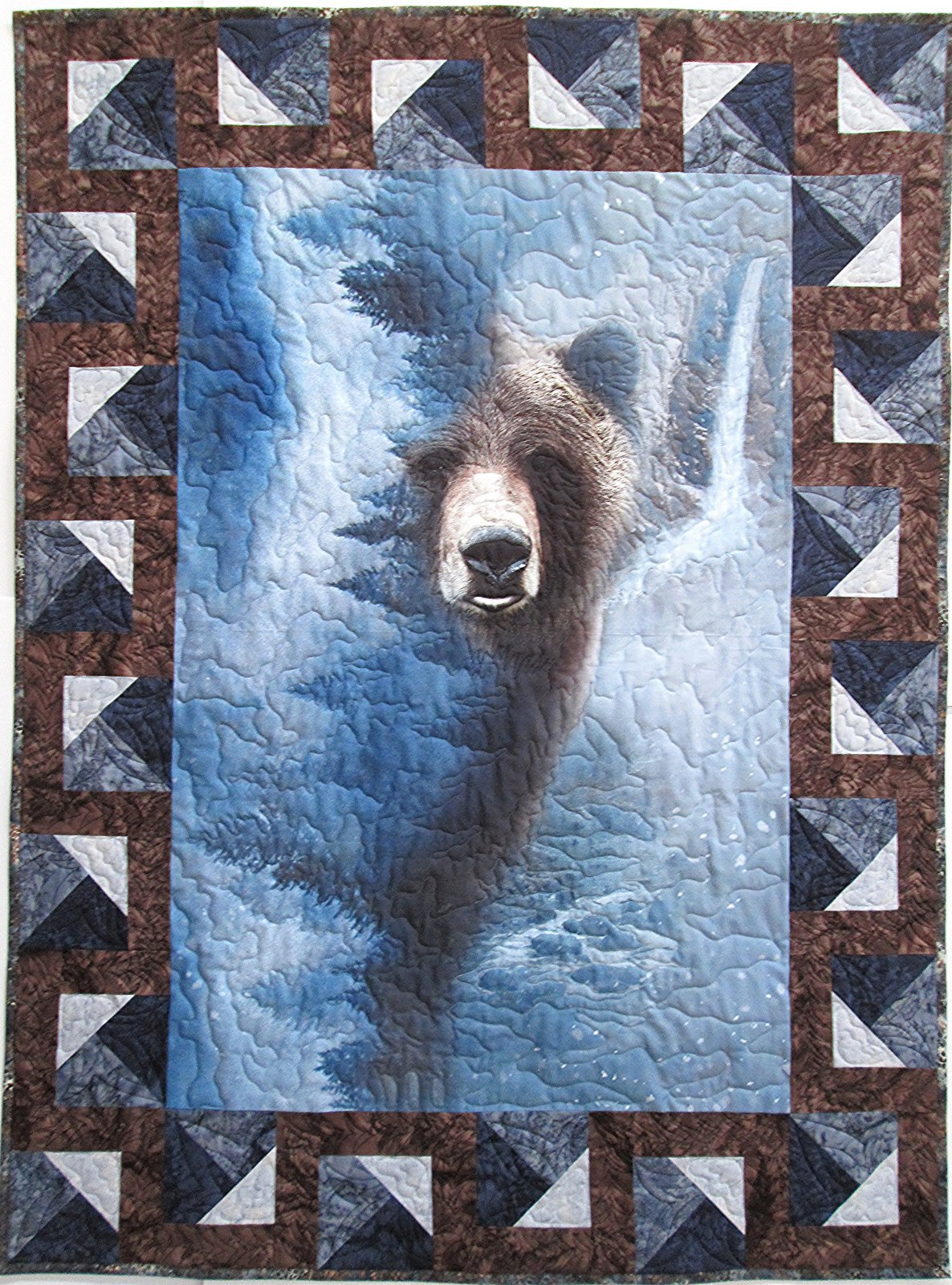 Call of the Wild Storm Bear Quilt Sample