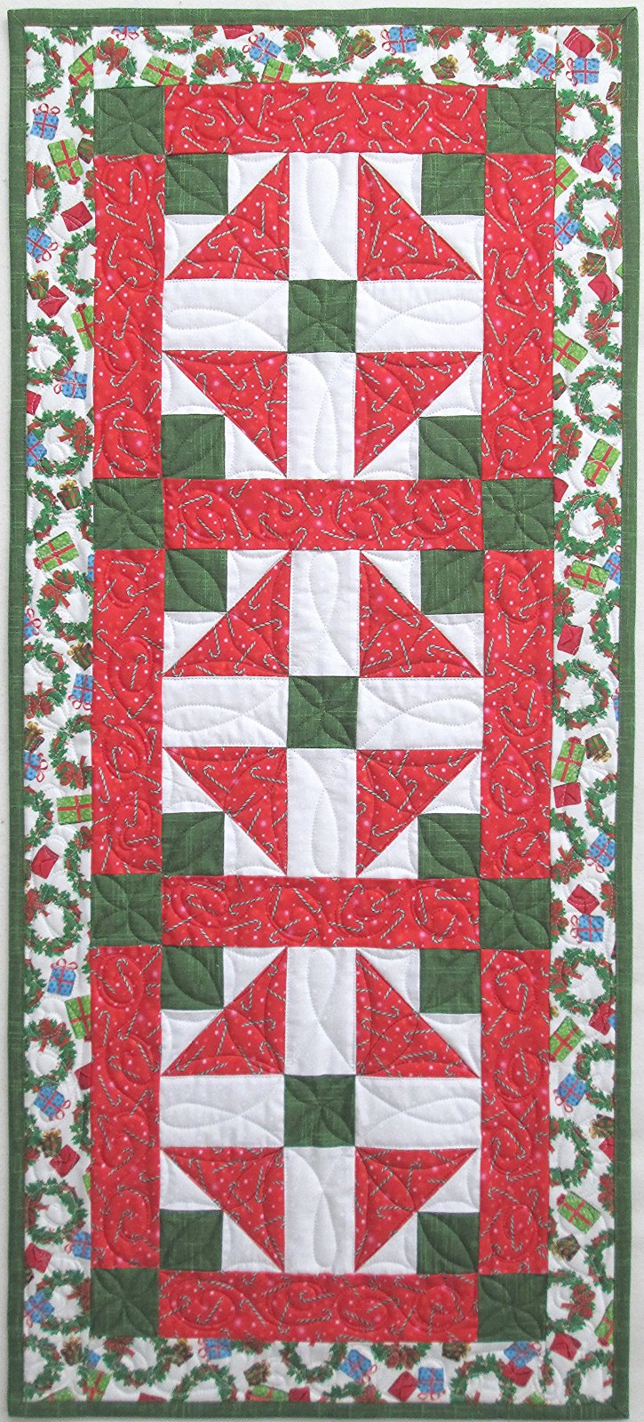Frosty Friends Table Runner Kit (Cat's on the table pattern)