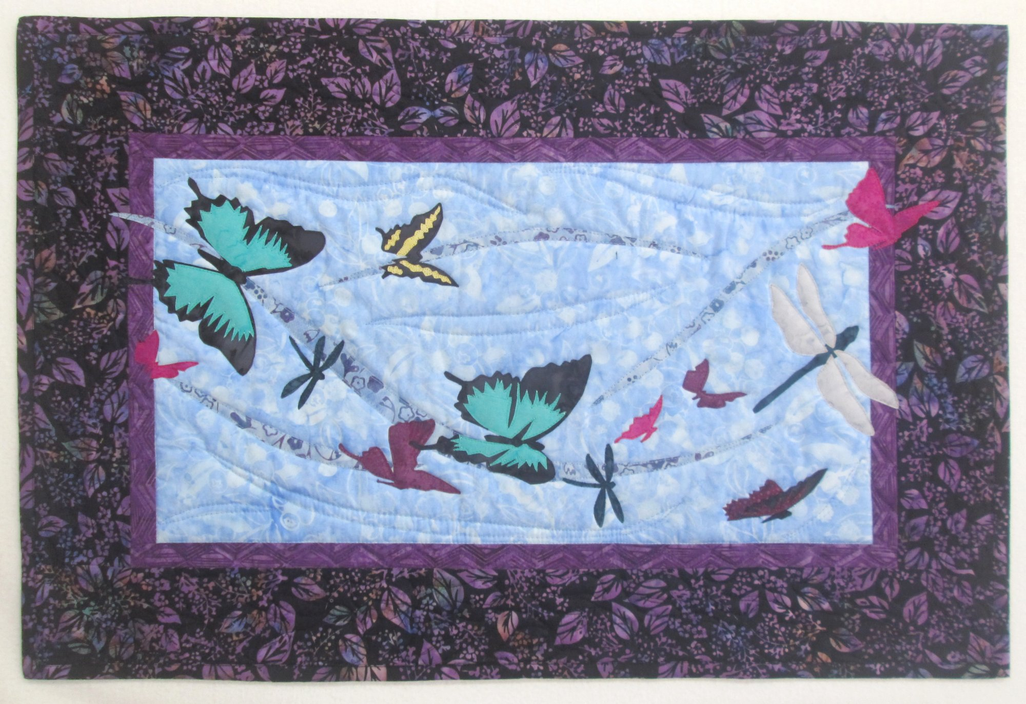 Into the Wild Flying By Wall Hanging Kit 19x29 Includes Binding