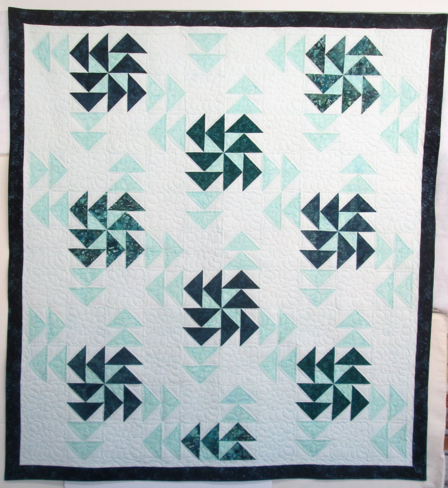 Bali Spinning Geese Quilt 66 x 72  includes pattern & binding