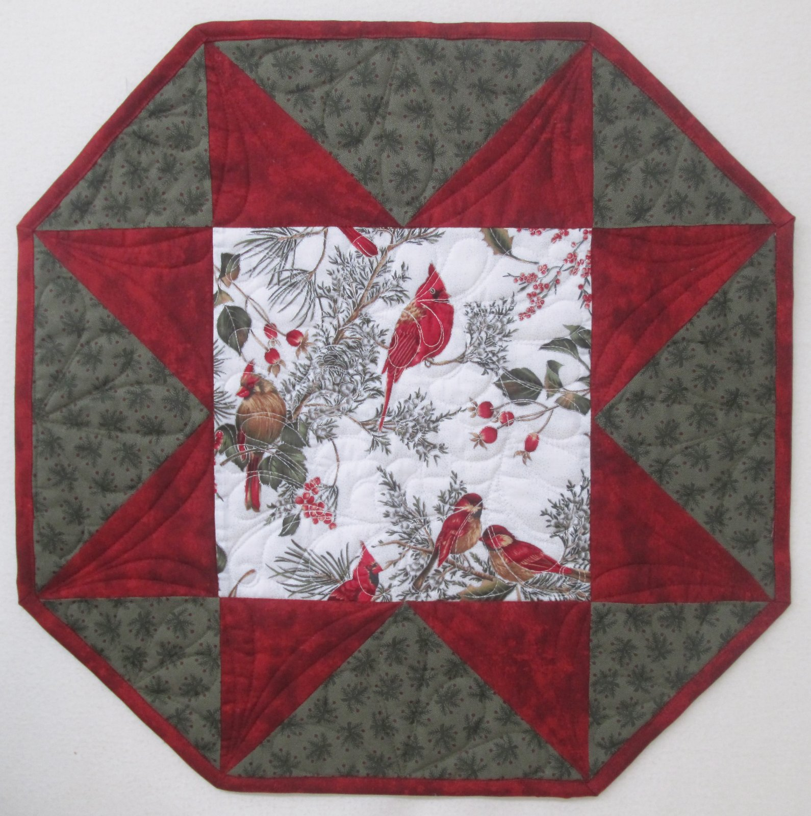 Cardinal One Big Star Table Topper Kit