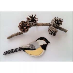 Artsi2 Chickadee Laser Cut Wool Felt Ornament Kit