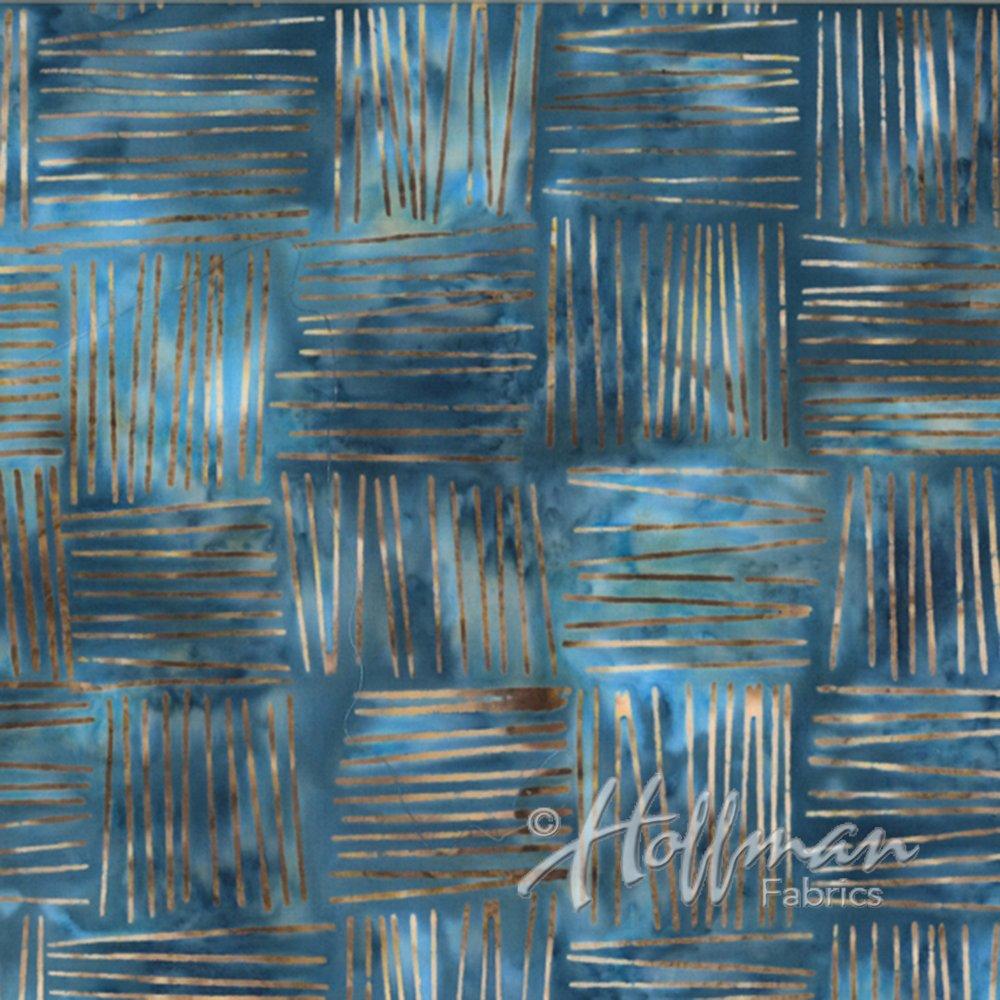Hoffman Bali Batik Q2121-464 Pool blue woven squares