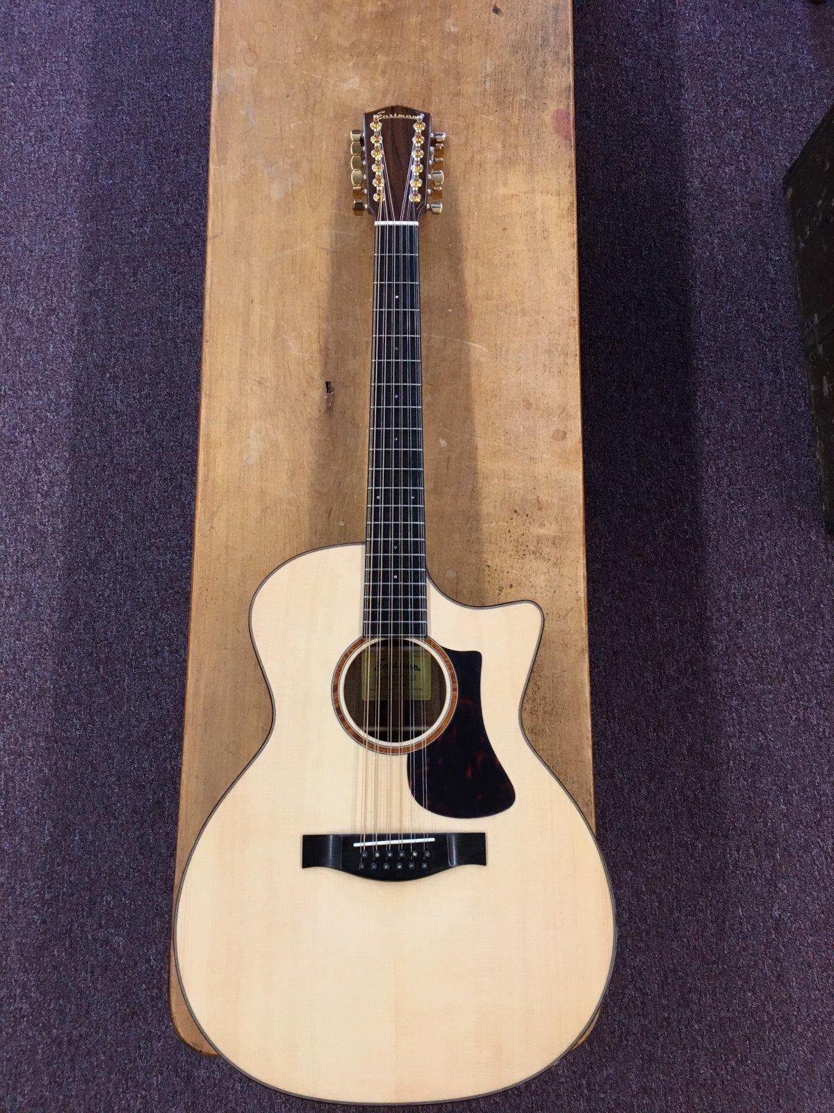 Eastman Grand Auditorium AC522CE-12 12 String Acoustic Guitar