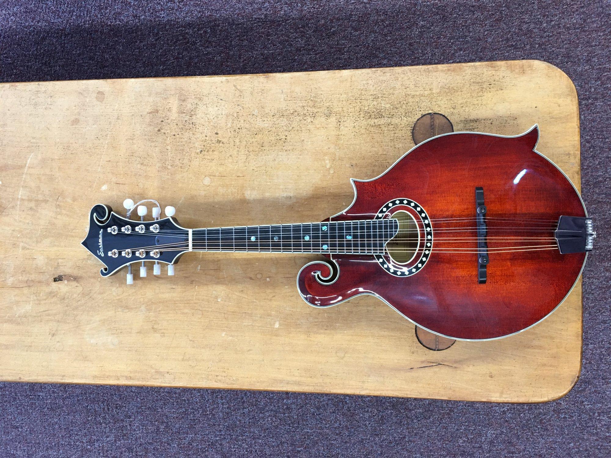Eastman F-style Mandolin MD614