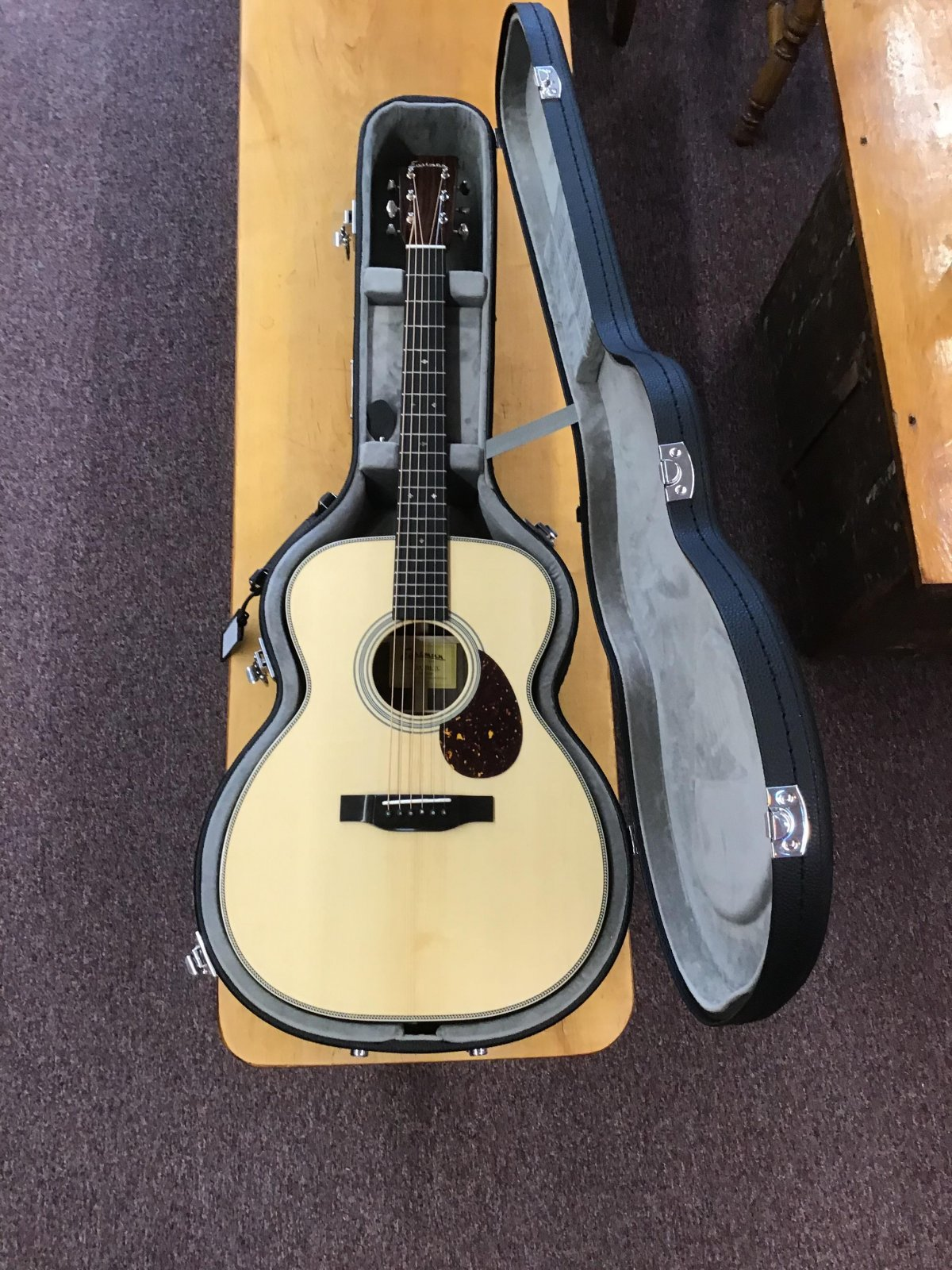 Eastman Orchestra Model E8OM-TC Thermo Cured Top