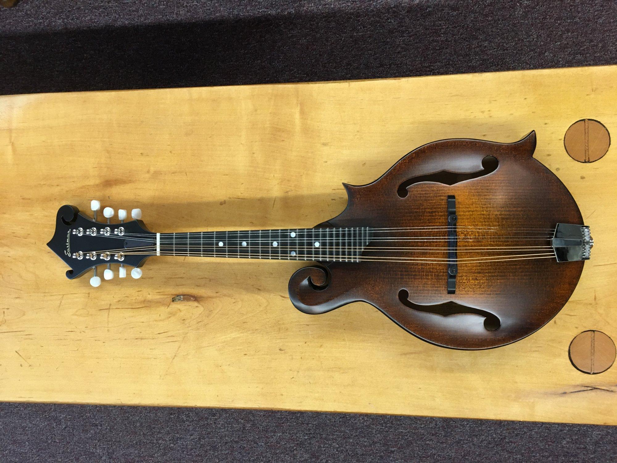 F-Style MD515CC/n-E  Eastman Mandolin W/K&K DuoTone Pickup