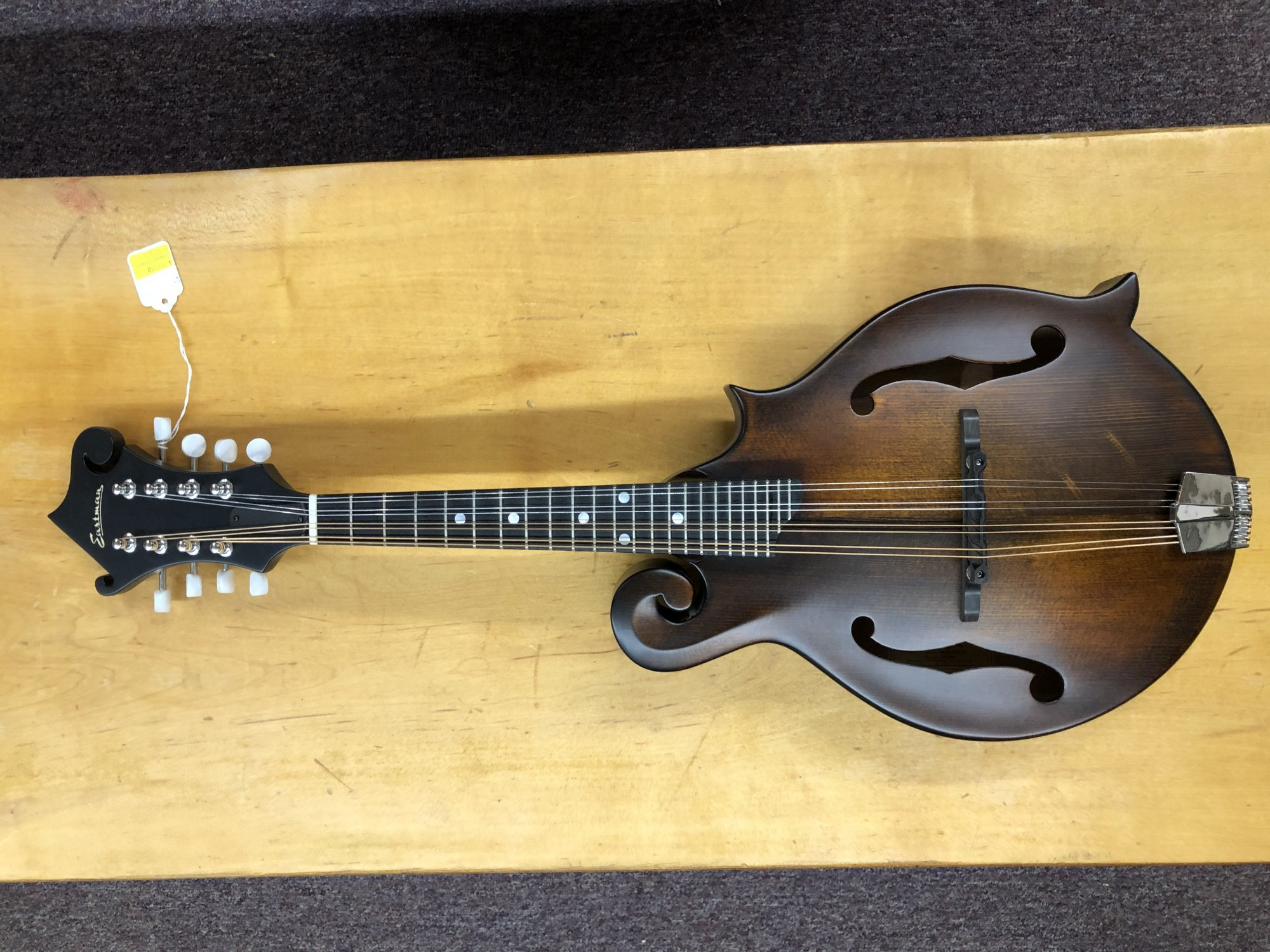 F-Style MD515CC/N  Eastman Mandolin contoured Edge W/Hardshell Case