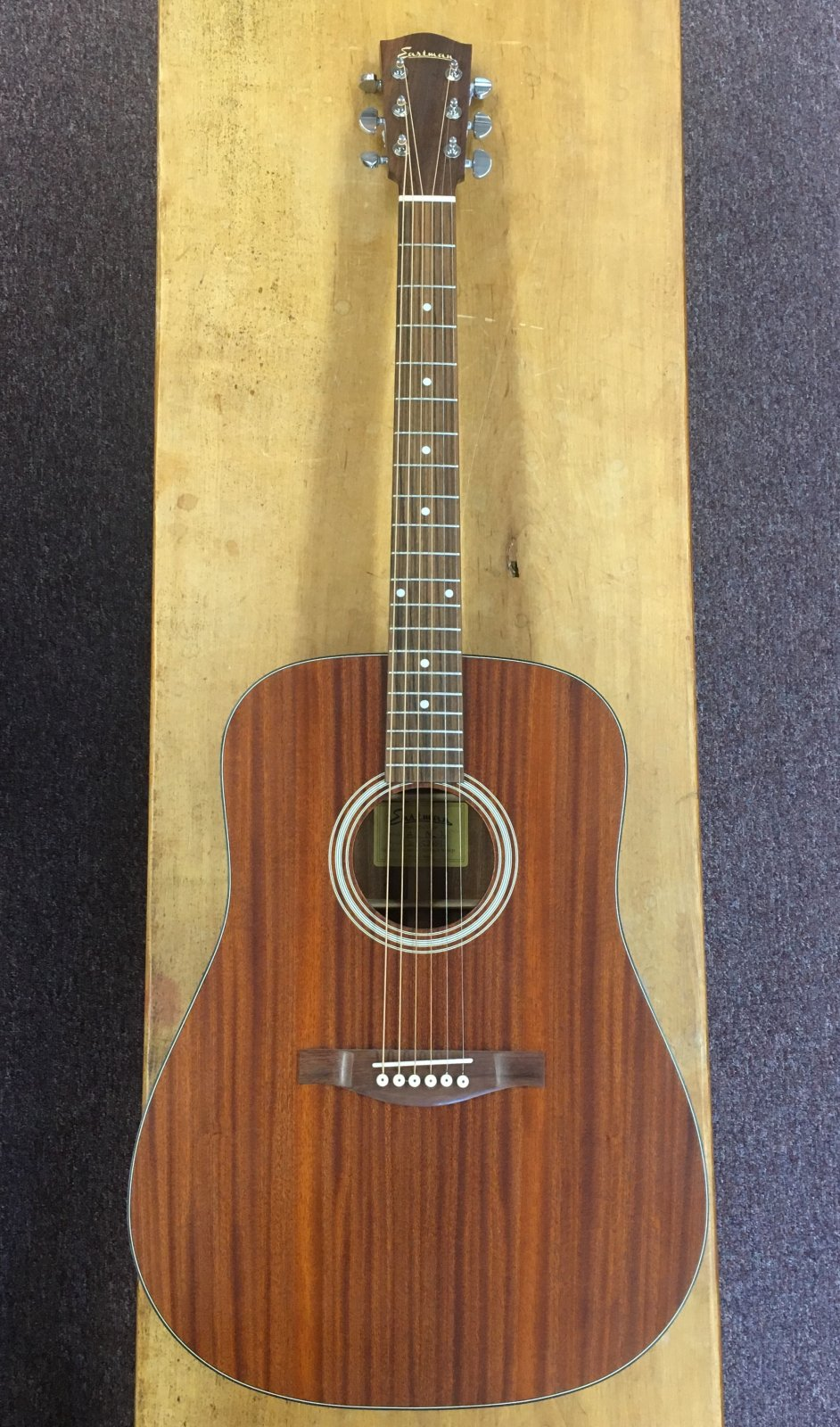 Eastman AC-DR2 Dreadnought Guitar