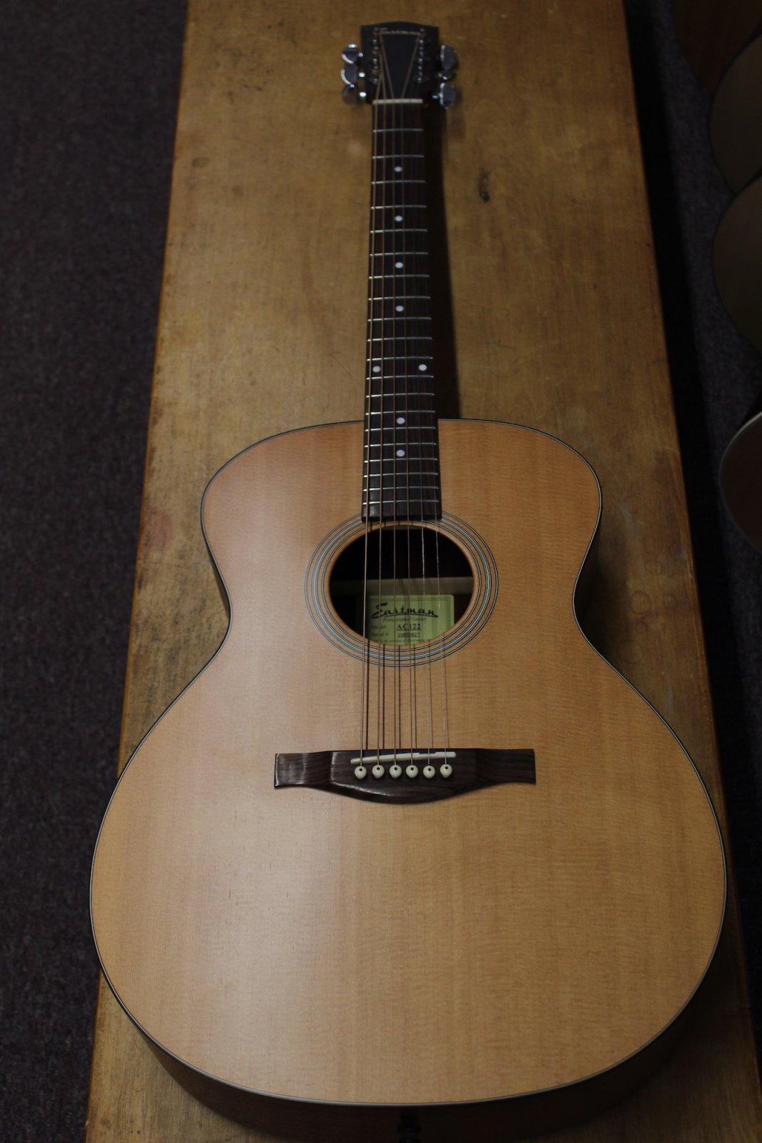 Eastman AC122 Grand Auditorium Guitar