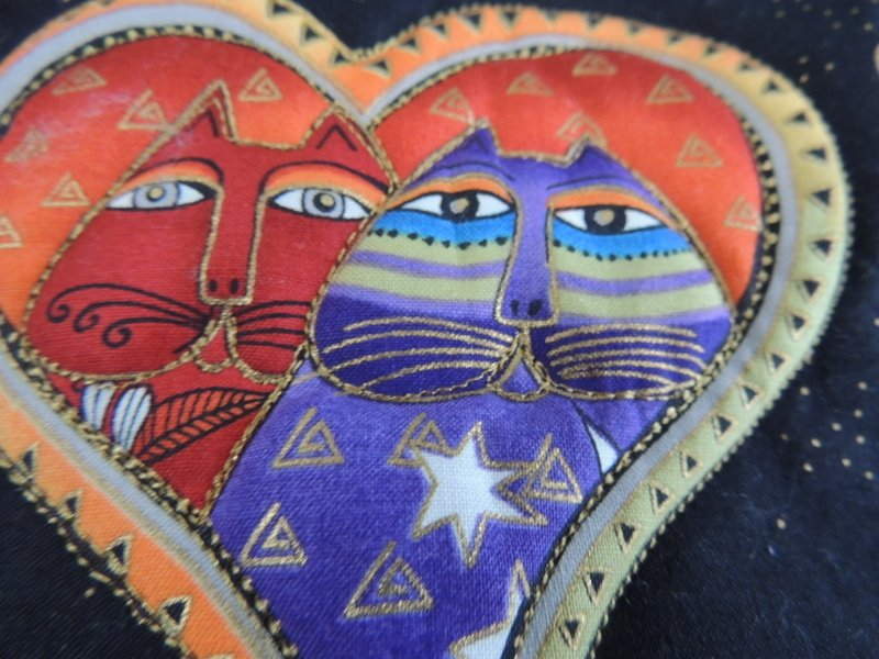 LAUREL BURCH CAT/DOG QUILTED VALENTINES