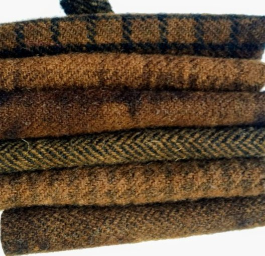 6 Piece Textured Wool Collection Mud