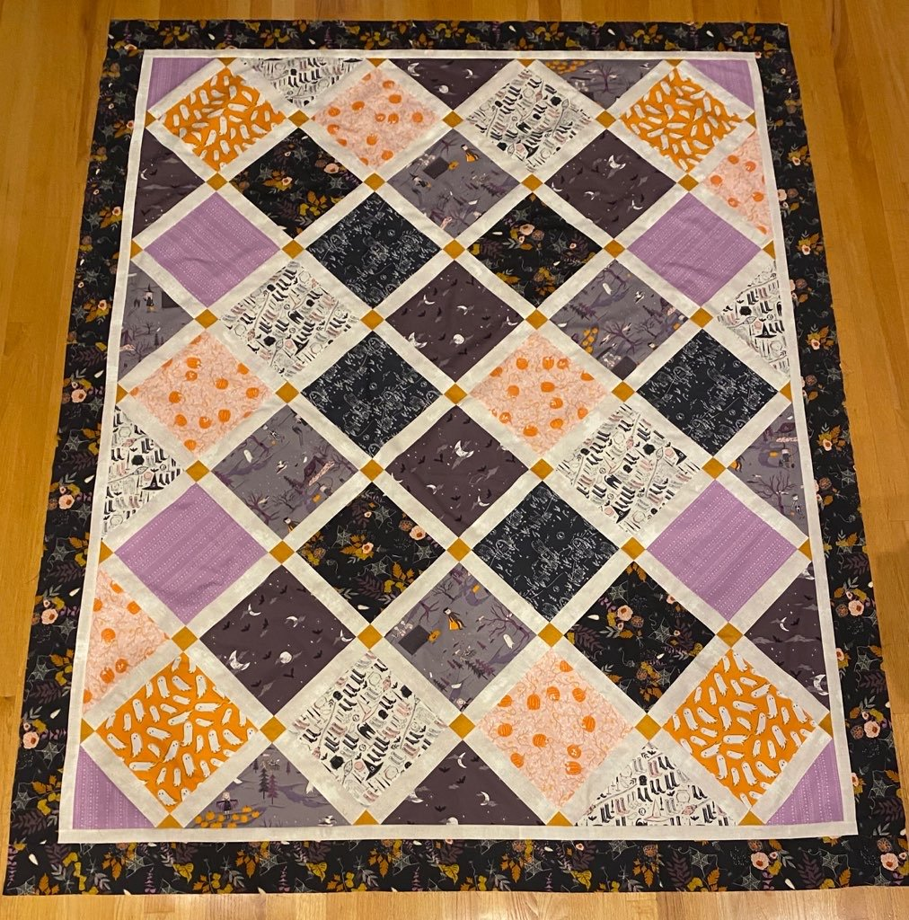Lattice Quilt Kit - SpookyNSweet Halloween (67 x 82) (20% off)