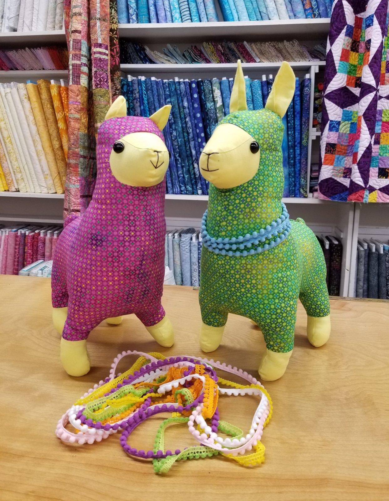 Lloyd Llama & Alice Alpaca Kit