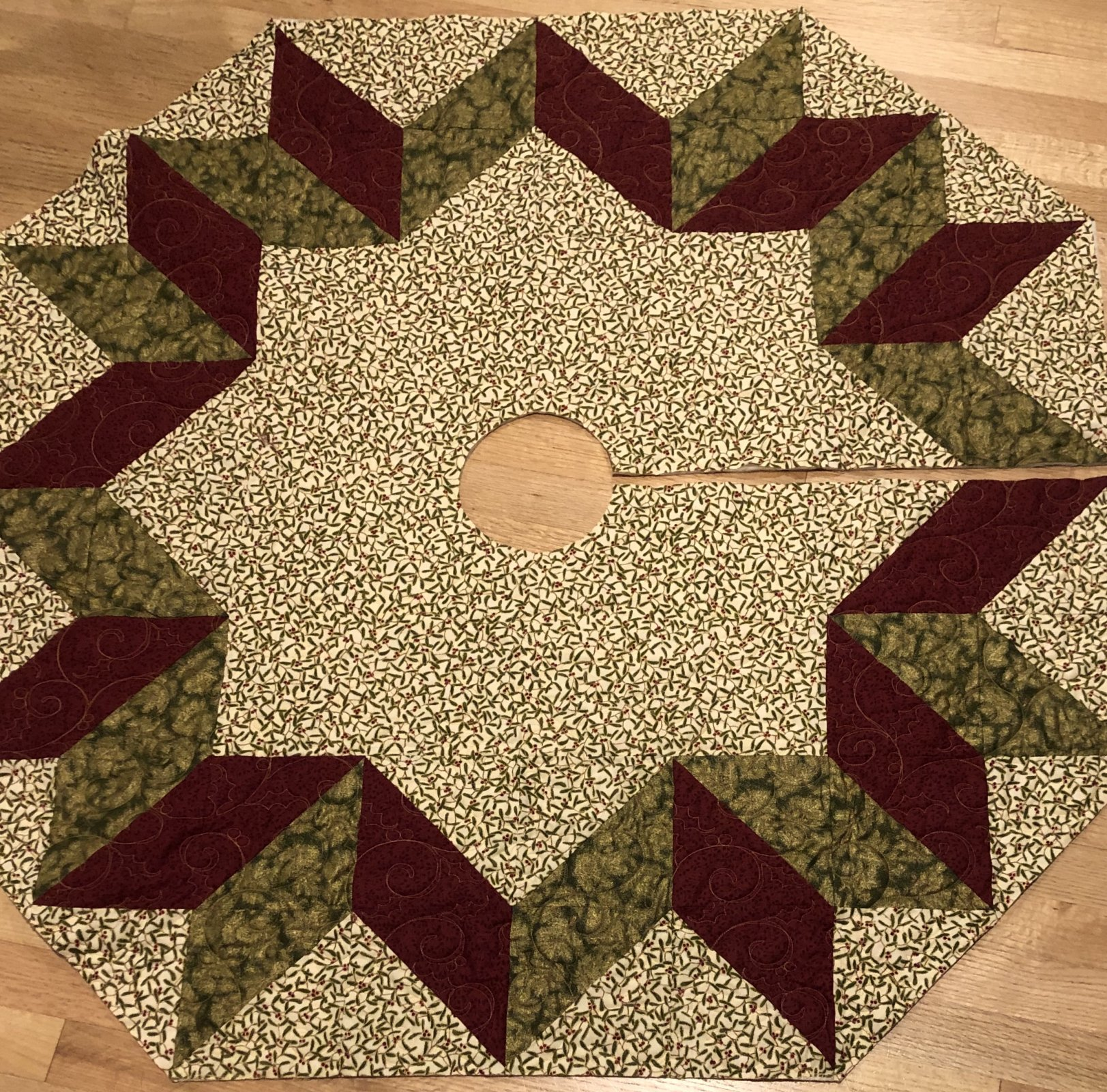 Tree Skirt Star Kit (48 x 48) - Christmas Metallic