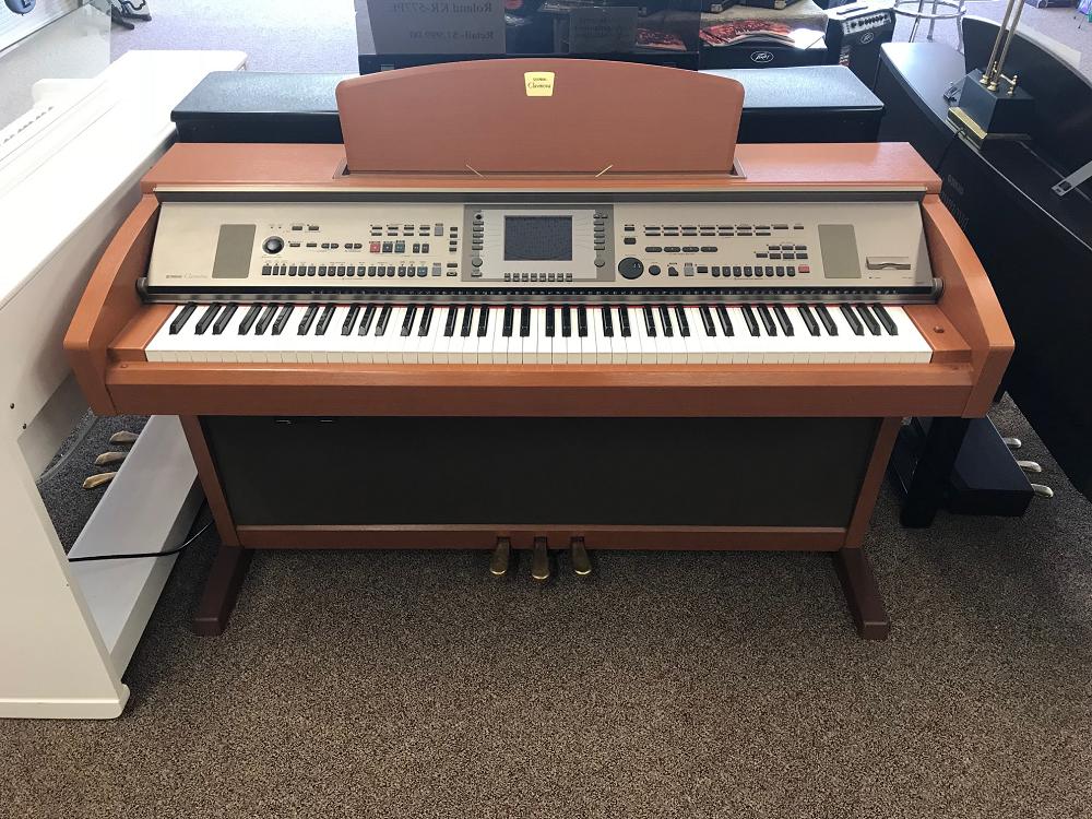 Used Yamaha CVP-305C Clavinova Digital Piano - Cherry