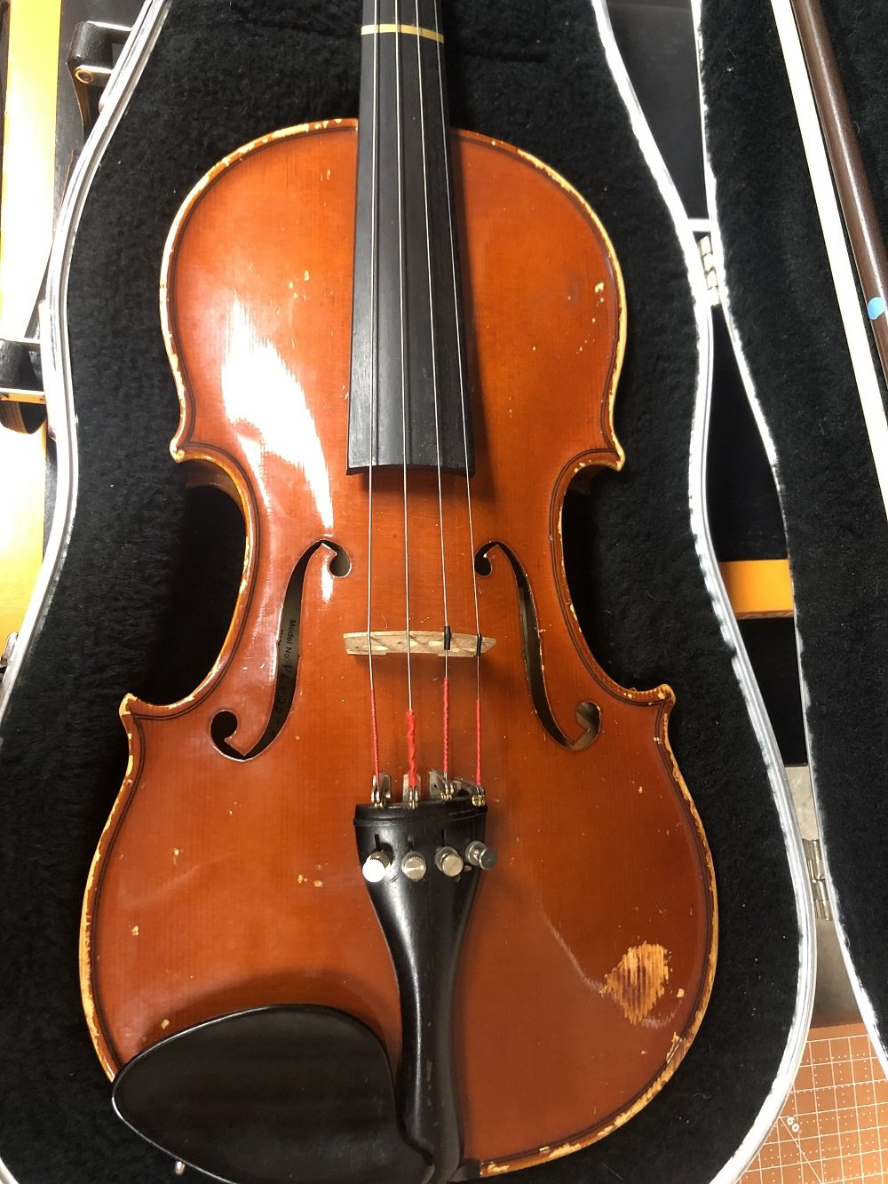 Used Yamaha Strausburg VL20-34 Violin