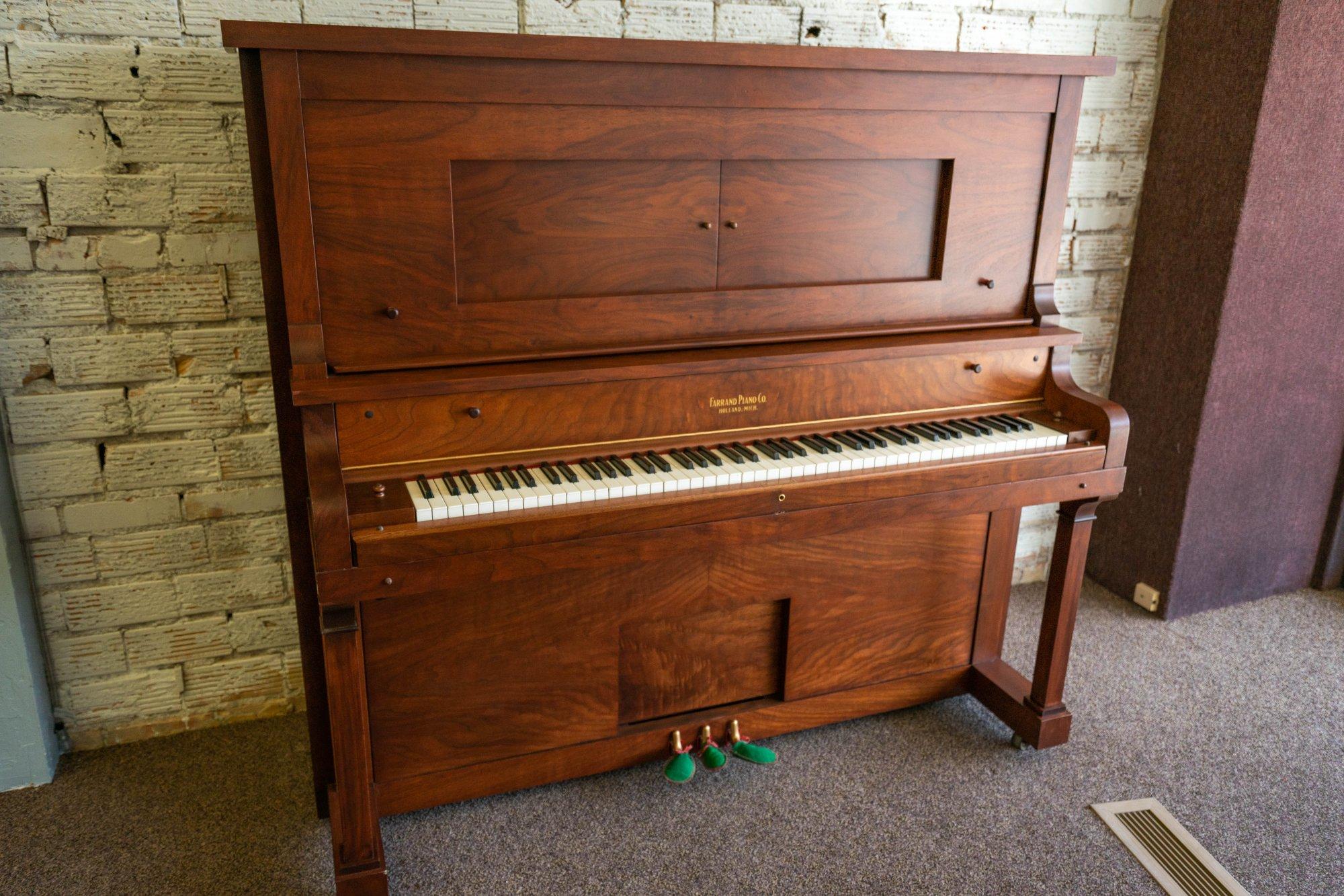 Restored Farrand Piano Co. Upright Grand Piano