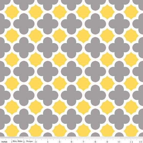 Quatrefoil Gray/Yellow Jersey Knit