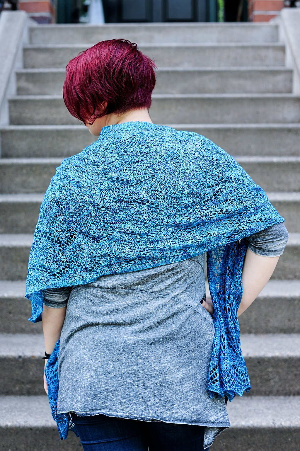 Camas Flower Shawl Kit