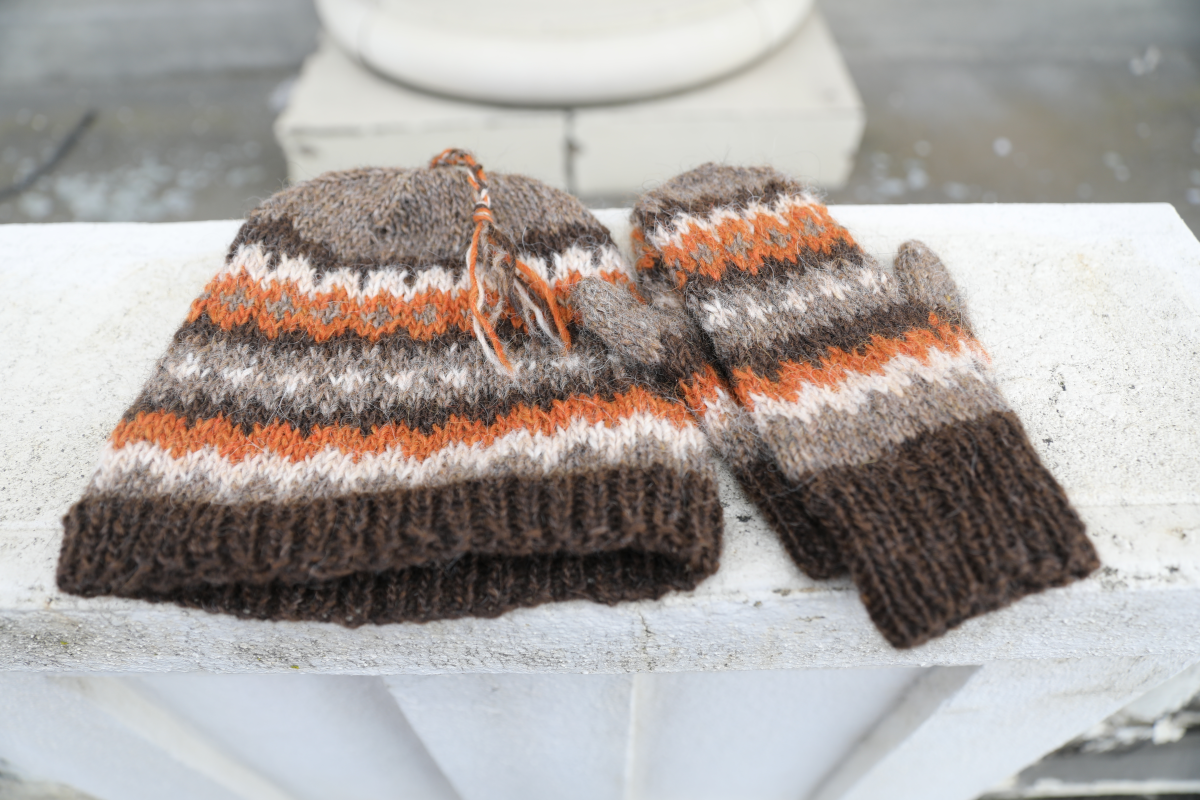 Uncle Bernie's Hat  & Mittens Yarn Kit
