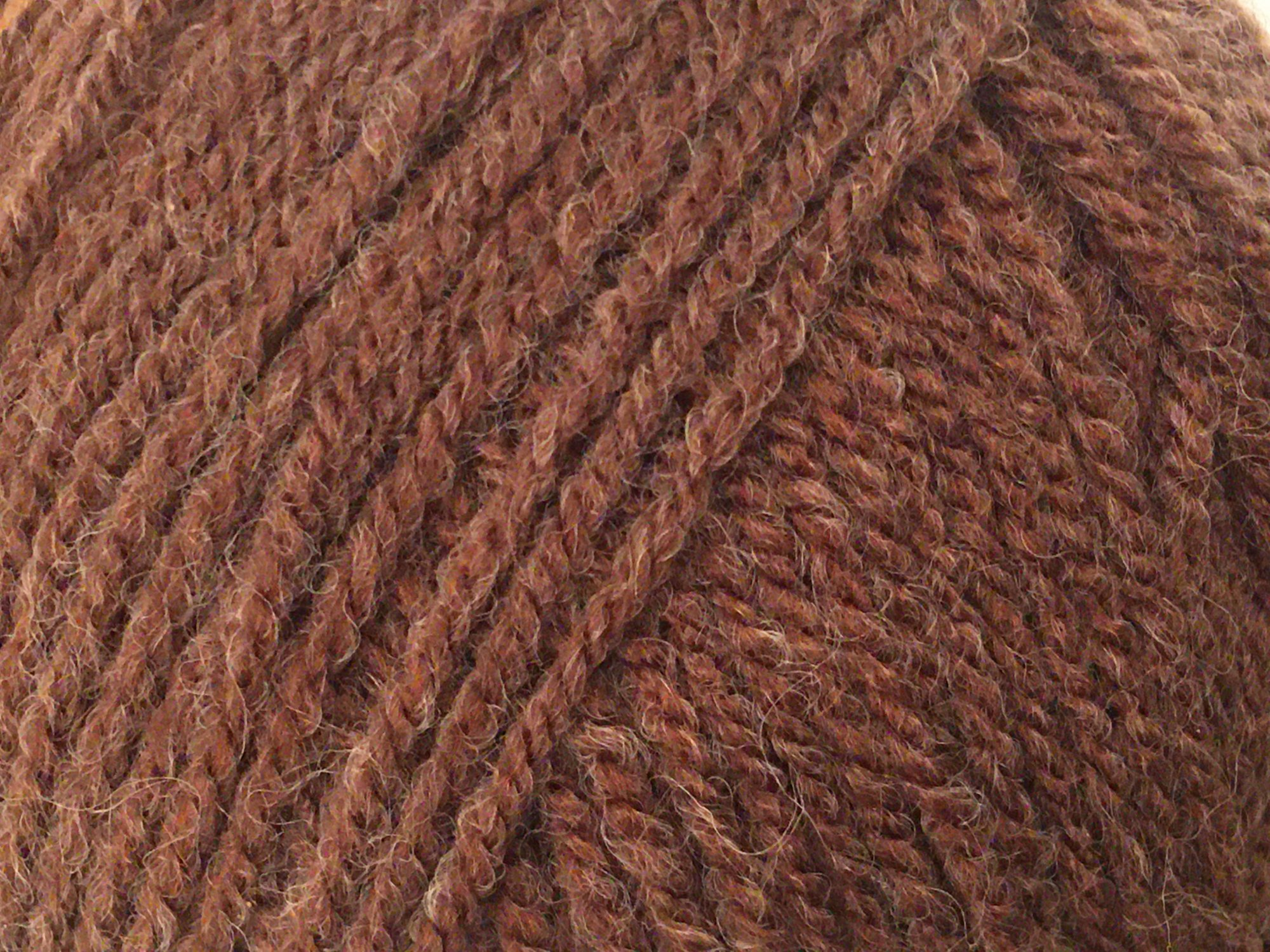HAYFIELD Double knitting with wool (BROWN)