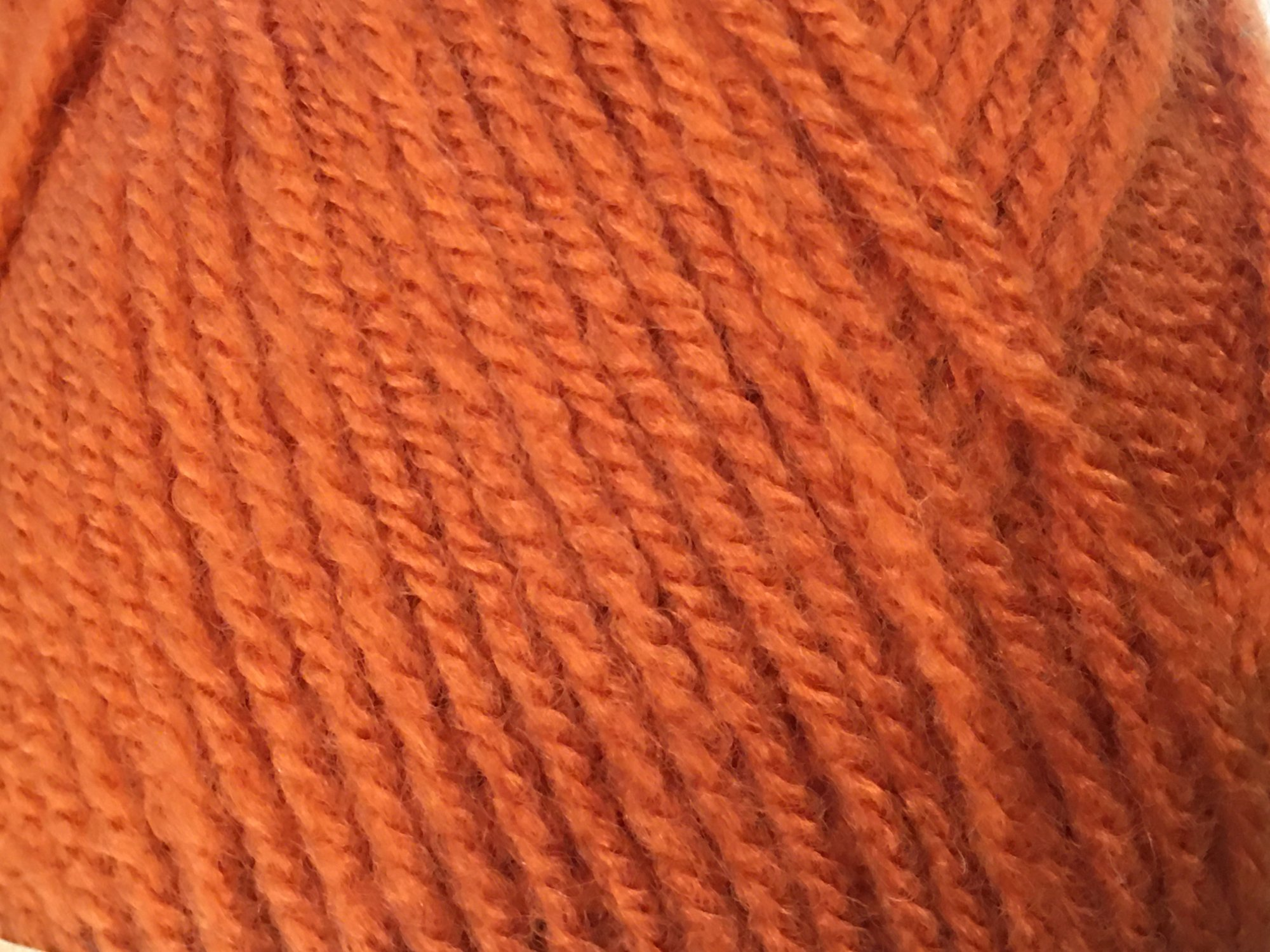 HAYFIELD Double knitting with wool (COPPER)