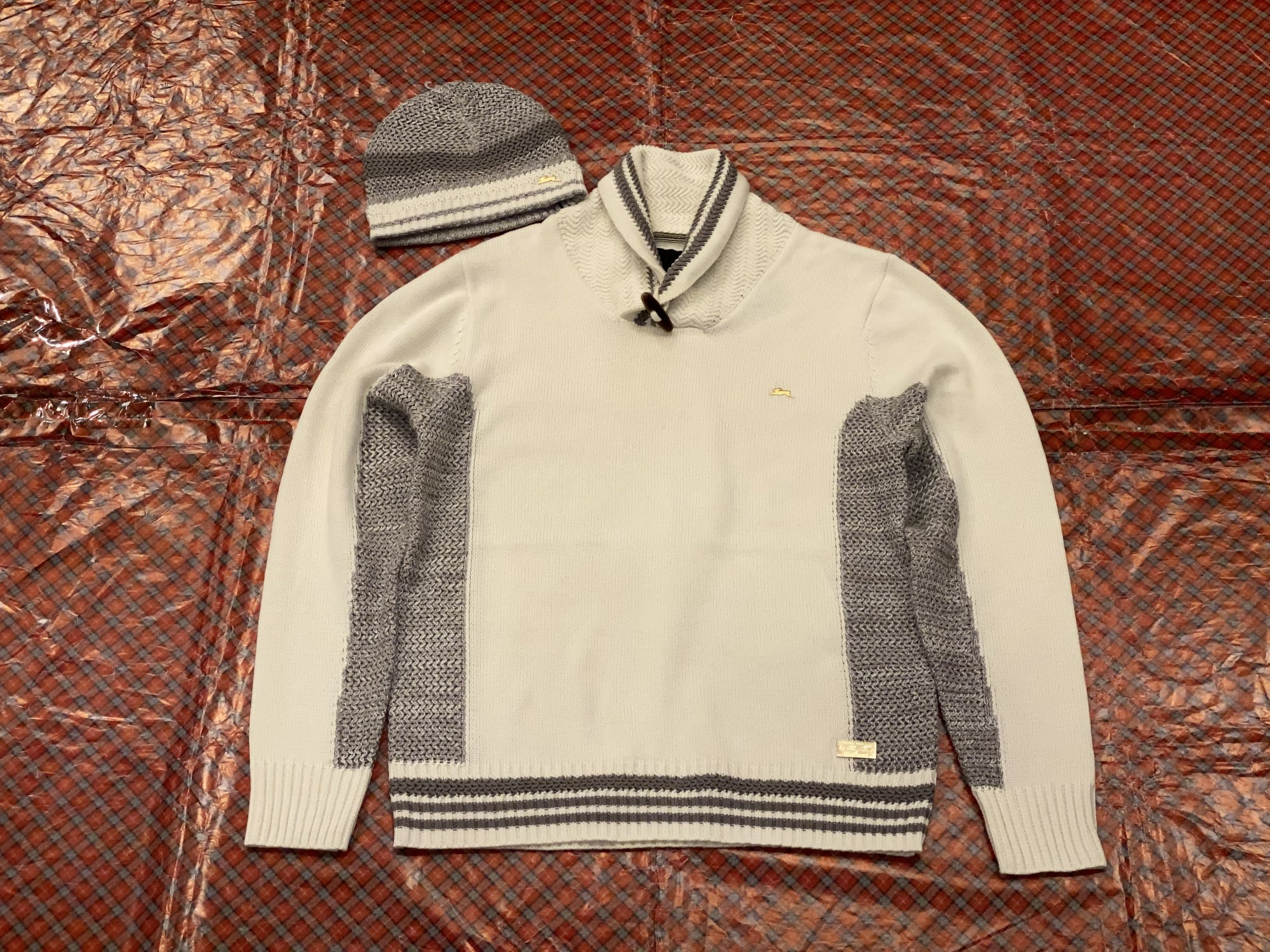 A TIZIANO PULL OVER SWEATER