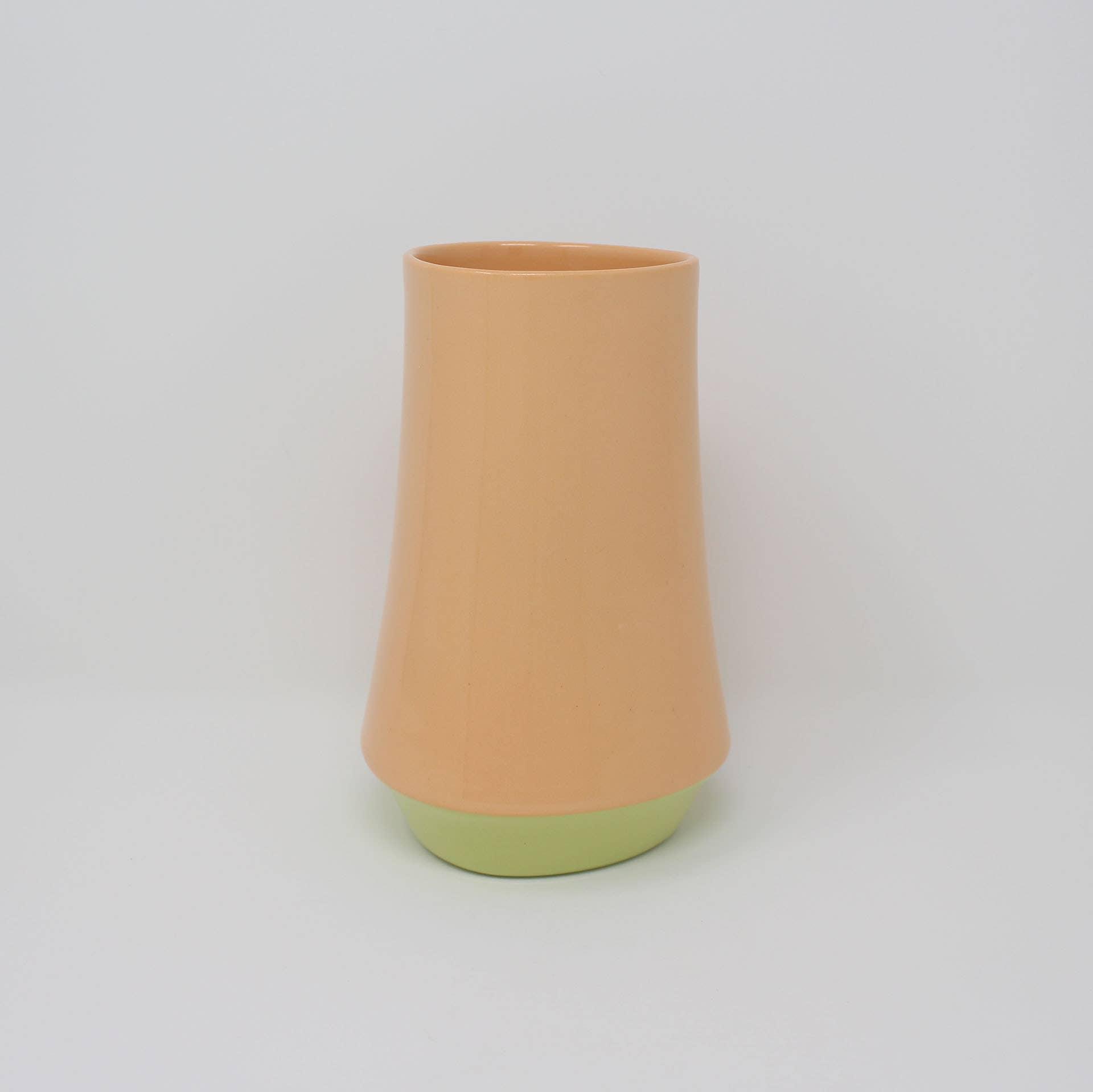 Bottom Curve Vase