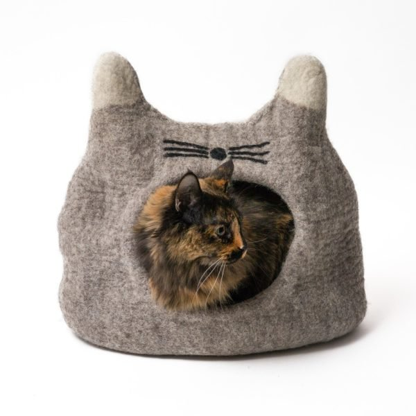 Felted Natural Cat Cave