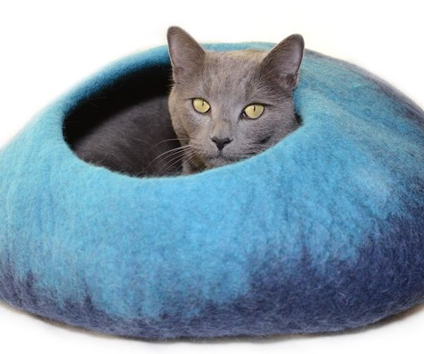 Felted Navy/Turquoise Cat Cave
