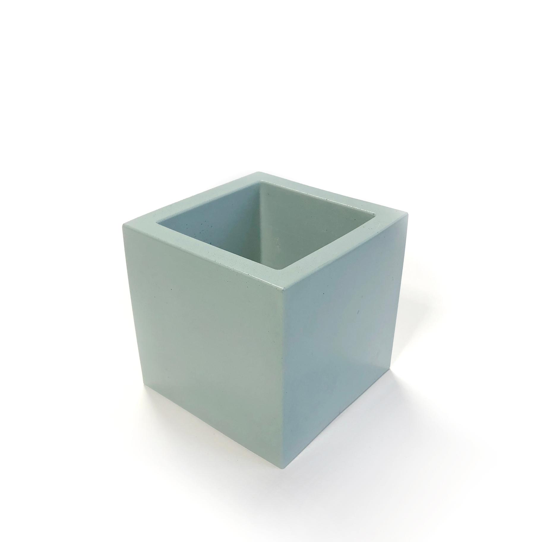 Mint Medium Square Concrete Planter