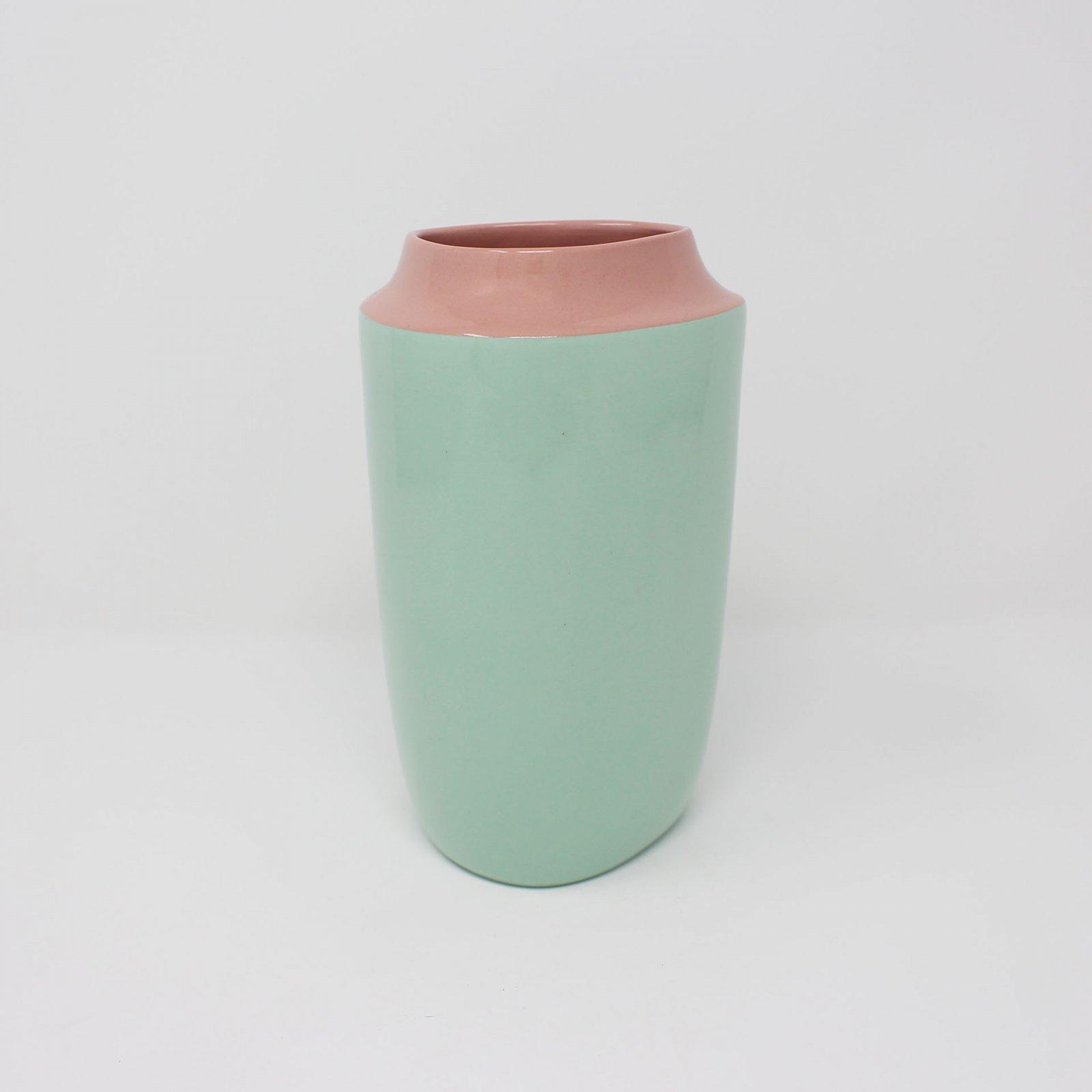 Top Curve Vase