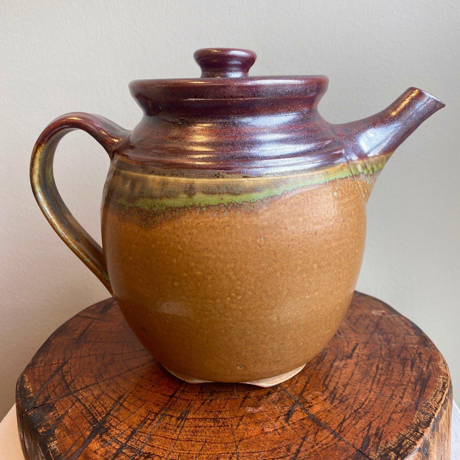 Sylvia Coppola Classic Tea Pot