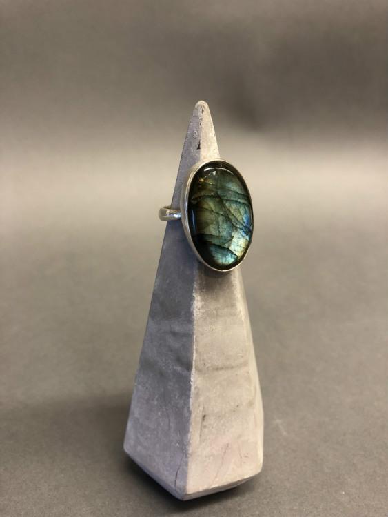 Oval Labradorite Adj Ring
