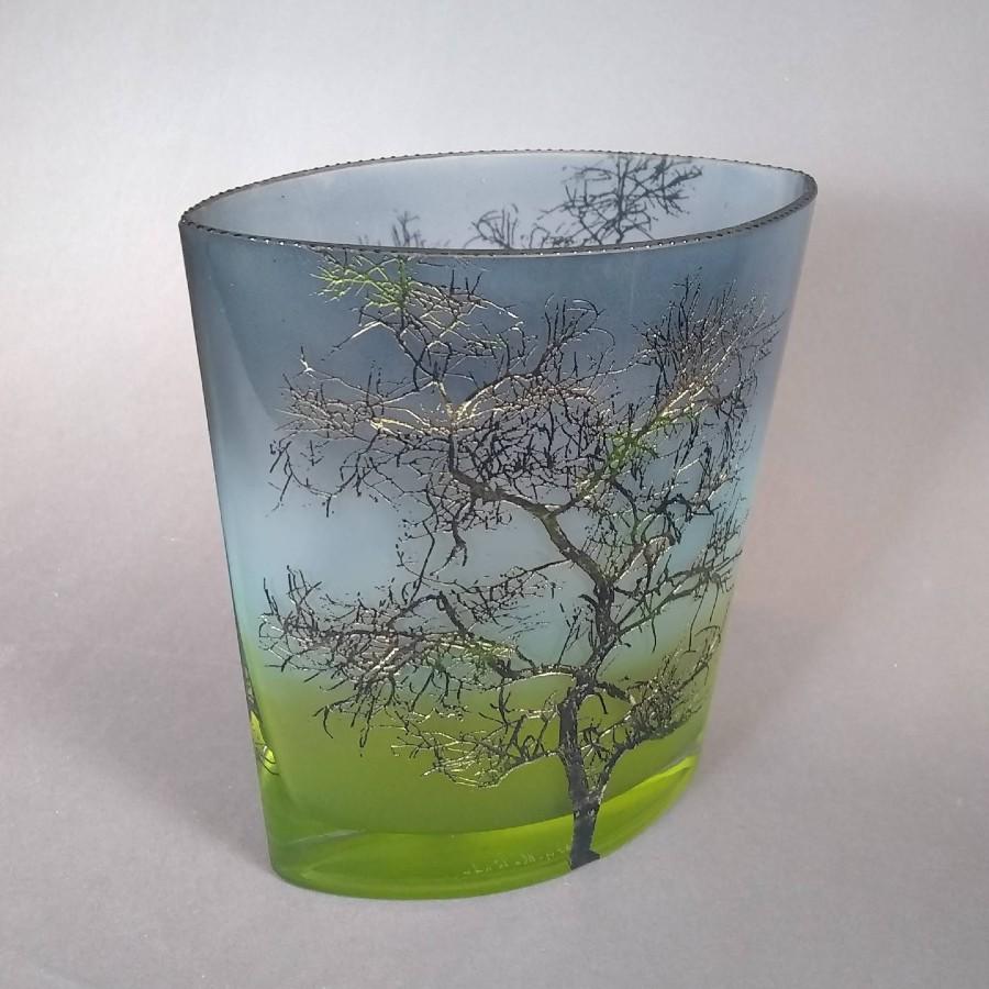 Med Oval Dancing Tree Vase