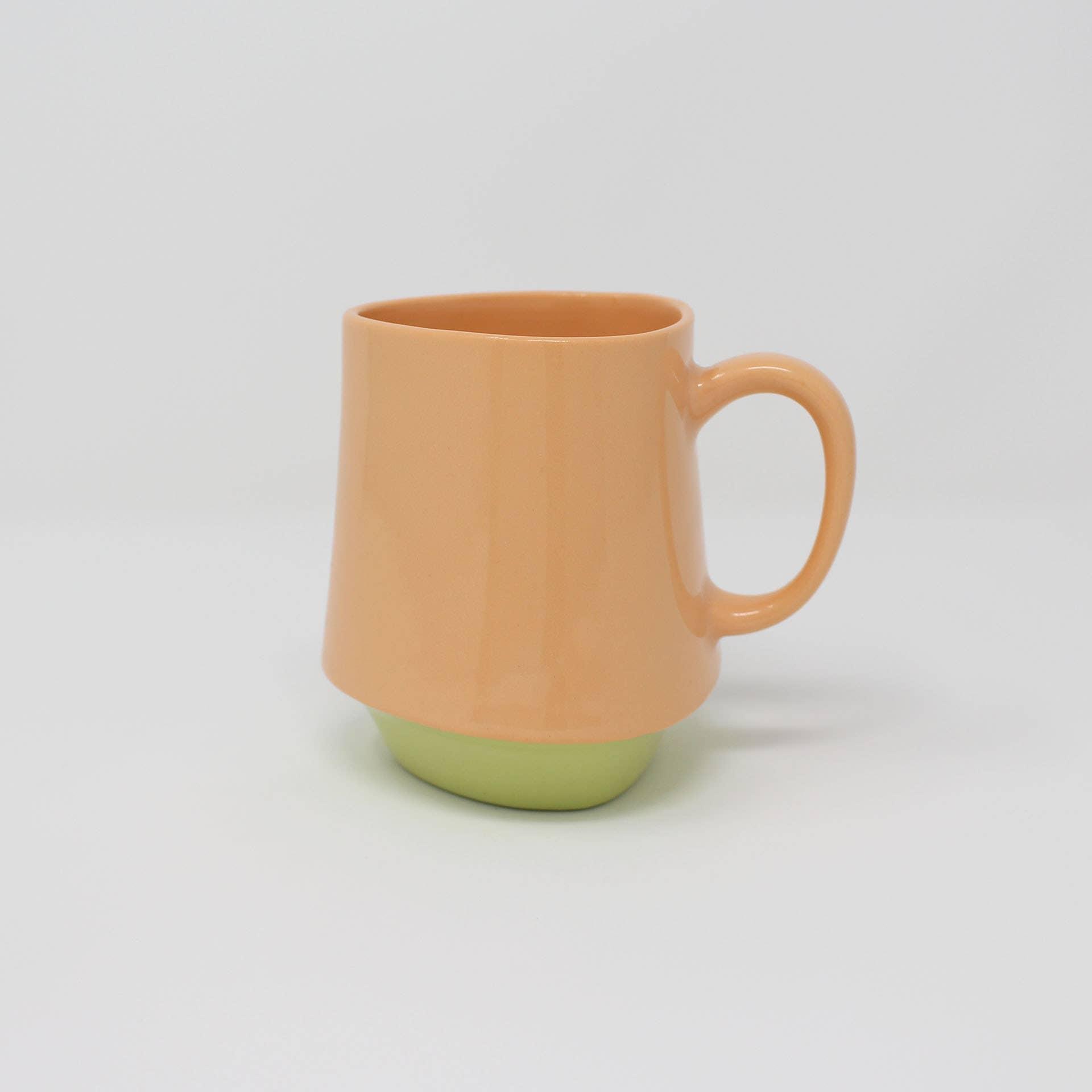 Bottom Curve Mug