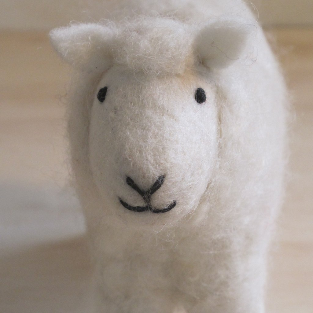 Sm Felted White Sheep