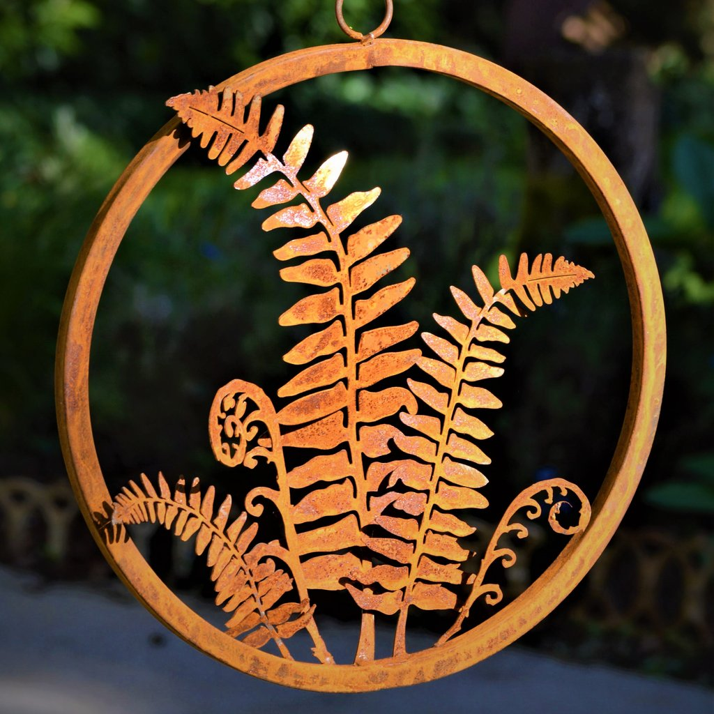 Hanging Fern Ring