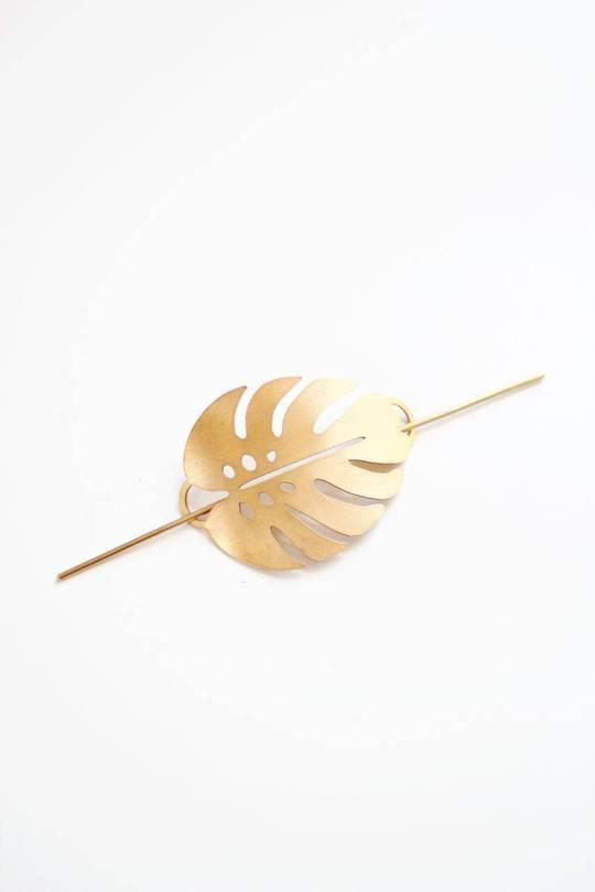 Monstera Leaf Brass Hair Pin