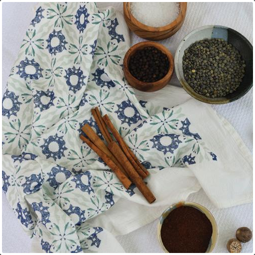 Chicory Kitchen Towel in Navy