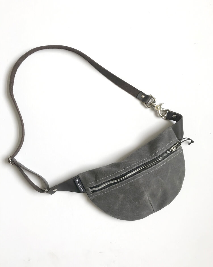 Fanny Pack in Charcoal