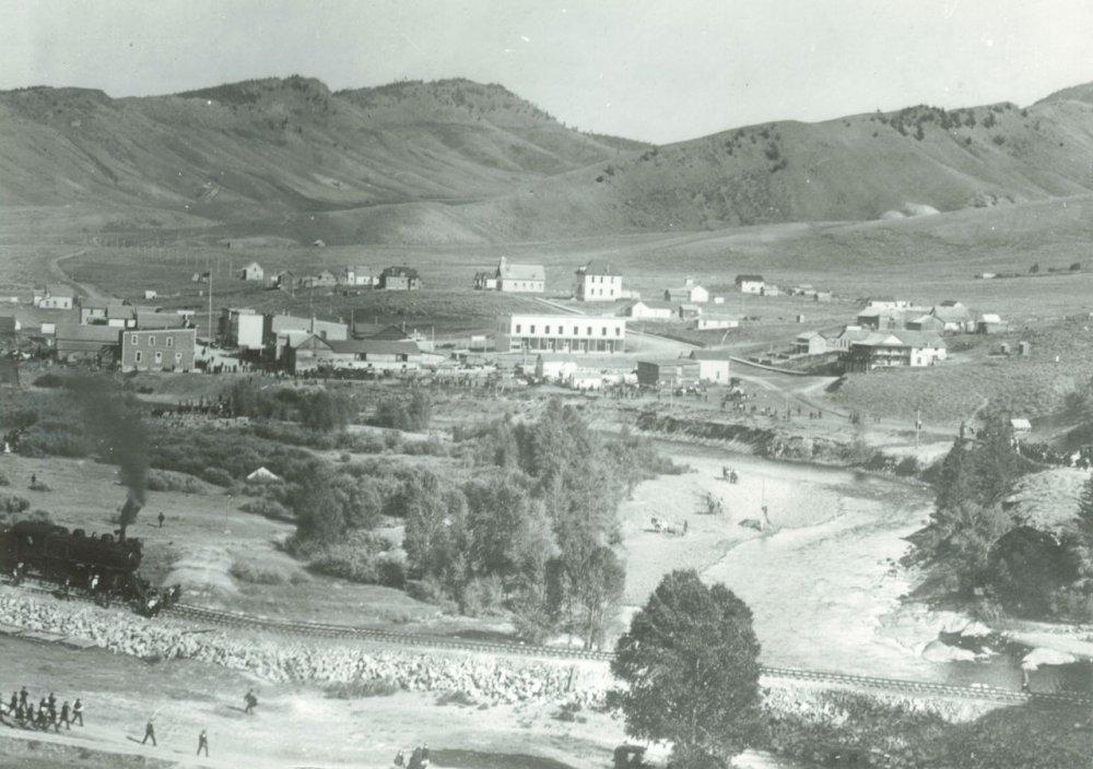 Hot Sulphur Springs - Sept 15 1905